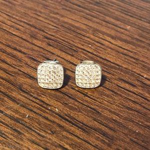 Jewelry - Silver stud earrings